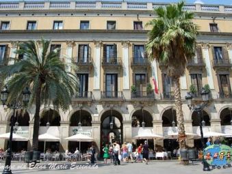Catalans walk by La Rambla in Barcelona