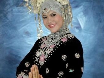 Minangkabau Young Lady